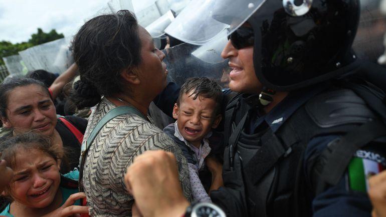 Honduras: La caravane gonfle à vue d'oeil et compte désormais 7 000 migrants