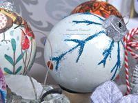 Déco - DIY - Noël - 2019 - Boules - Collage - Serviette - Papier soie - Paillettes - Strass - Mandala - Cloche - Sapin