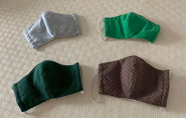 Des masques pour la famille et des patients