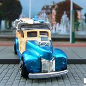 40S WOODIE HOT WHEELS 1/64 FORD WOODY AVEC PLANCHE DE SURF 40 WOODIE SURFBOARDS - car-collector.net