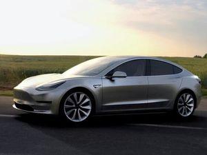 La tesla Model 3...c'est elle!