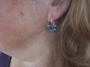 "BRILLA Hoop Ohrringe Modische Schmuck Set ""Butterfly Dream"" Blau Swarovski Elements Kristall im Test..."