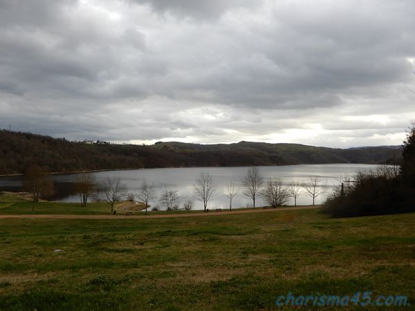 Lac de Villerest en camping-car