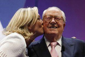 Jean-Marie Le Pen persiste sur les chambres à gaz !!!