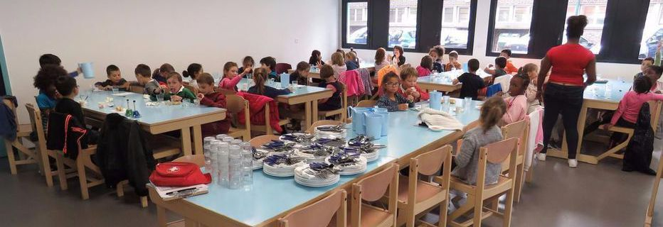 Les menus de substitution dans les cantines scolaires, qui ne sont qu'une simple faculté pour les collectivités territoriales, ne sont pas contraires, lorsqu'ils sont proposés, au principe de laïcité