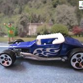 TRACK-T FORD HOT WHEELS 1/64 - car-collector.net