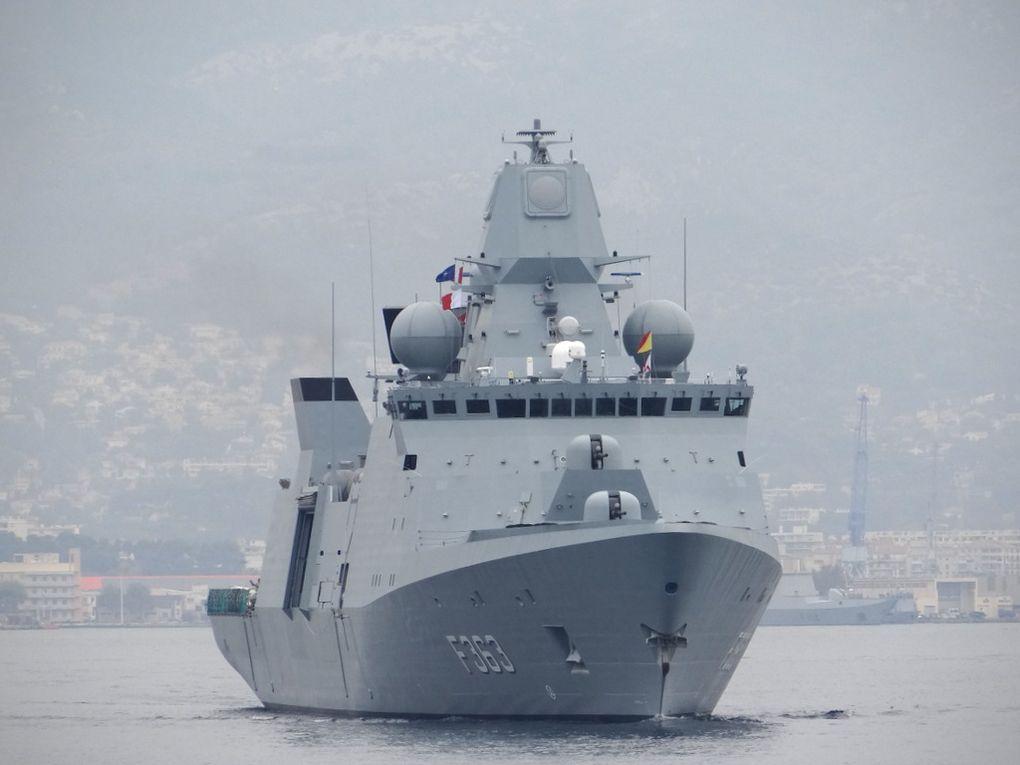 NIELS JUEL ; F363 , Fregate de la marine Danoise appareillant de Toulon le 02 octobre 2017