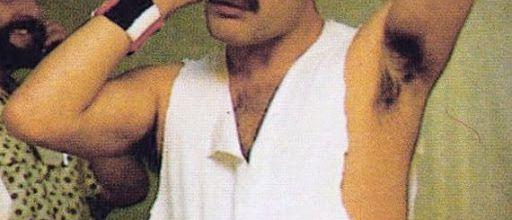 Interviews de Freddie Mercury flirter avec les extrêmes