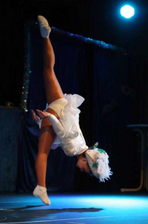 Im zweiten Teil wirbelten dann noch aus Lauda das Tanzmariechen Evelyn Breitenbach