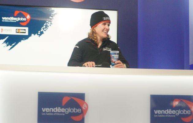 Vendée globe: Clarisse Cremer, 1ère femme à réussir cette périlleuse course