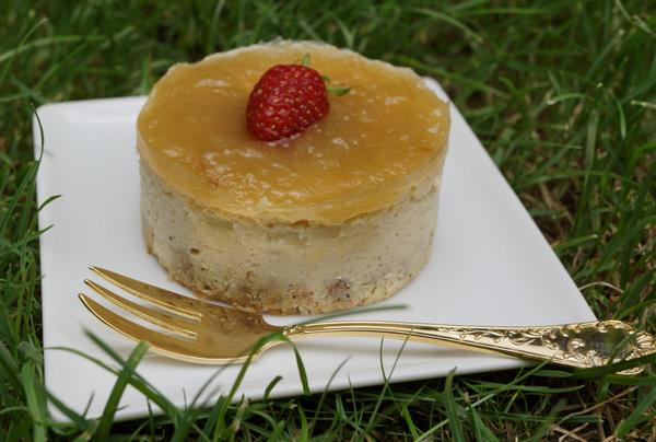 Cheesecakes champêtres à la ricotta et miroir à la rhubarbe