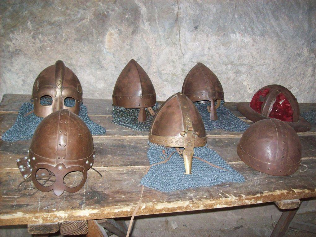 Au-delà du temps : Ateliers Moyen Age au château de Largentière (1/3)