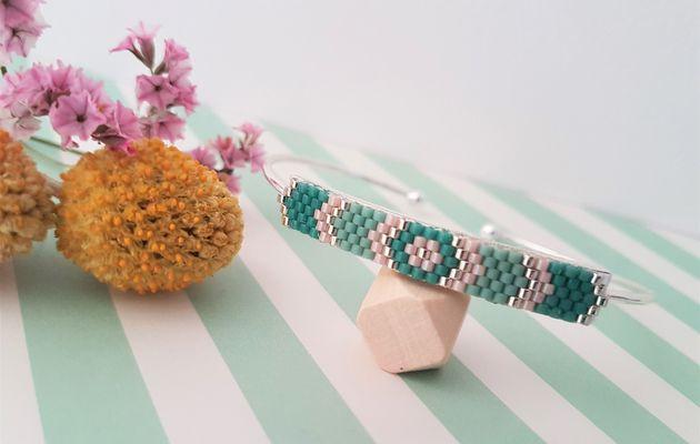 Bracelets brick stitch