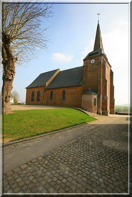 Diaporama église fortifiée d'Harcigny