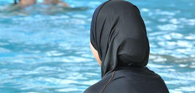 A Grenoble : un collectif veut imposer le burkini dans les piscines