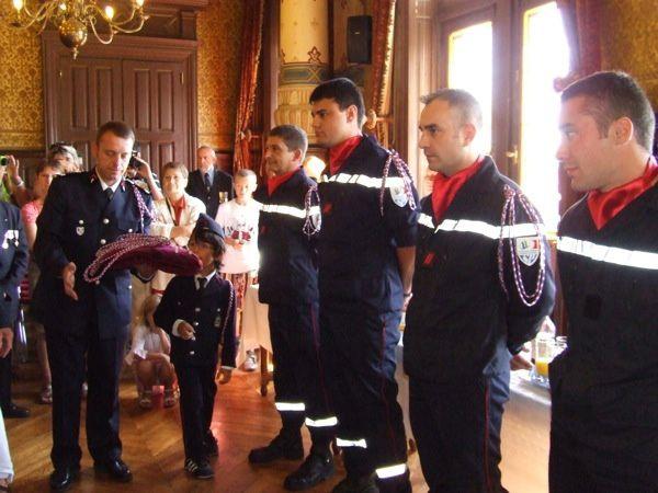 Huit sapeurs-pompiers volontaires ont été mis à l'honneur le 14 juillet 2011 : quatre sont passés caporal et quatre autres ont reçu la fourragère à la fin de leur formation de 300 heures.