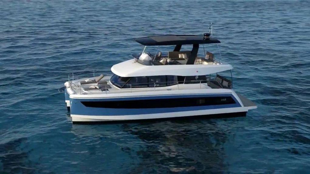 Le catamaran MY 44, gagnant dans les 35-45 pieds