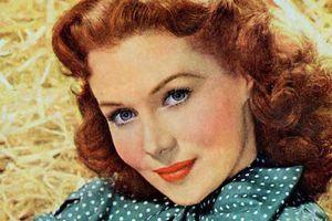 """Mort de l'actrice Rhonda Fleming, """"reine du technicolor"""", à l'âge de 97 ans"""