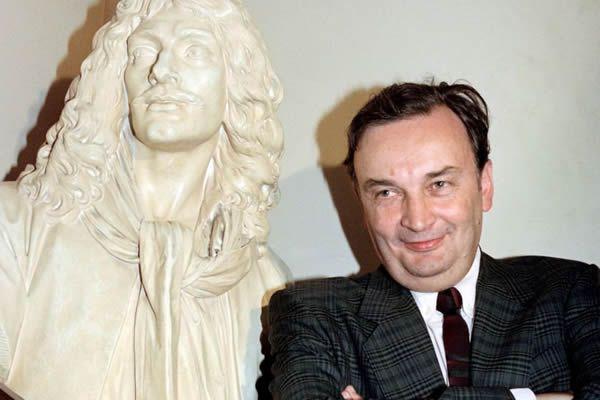 Jacques Lassalle au ministère de la Culture, en 1990• Crédits : Pierre Verdy - AFP