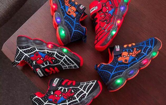Des baskets Led SPIDERMAN à moins de 10€ pour épater les copains !