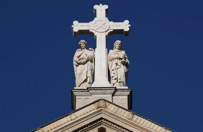 En un an, 26 églises ont été incendiées en France