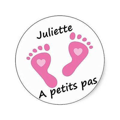 Juliette à petits pas