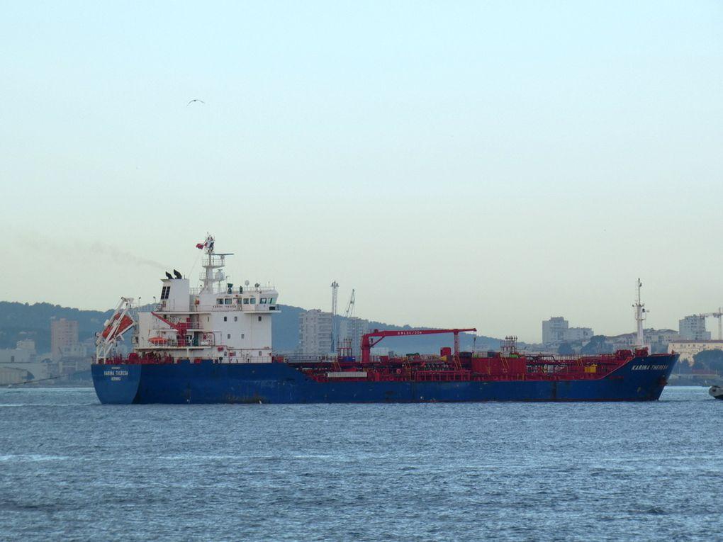KARINA THERESA , arrivant dans le port de Toulon le 16 janvier 2019