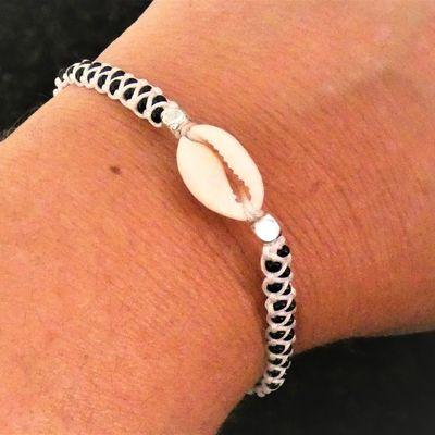 Bracelet macramé perlé coquillage