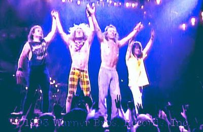 "Regardez l'incontournable concert de VAN HALEN ""Right Here Right Now Concert"" en hommage à Eddie Van Halen"