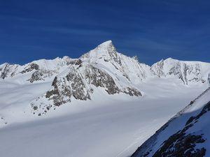 Ski de randonnée : Finsteraarhorn - 4274 m