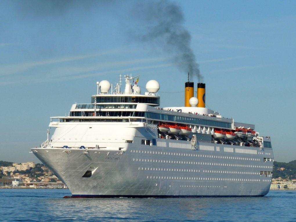 COSTA NEO  CLASSICA , a son arrivée a la Seyne sur mer le 08 mars 2016