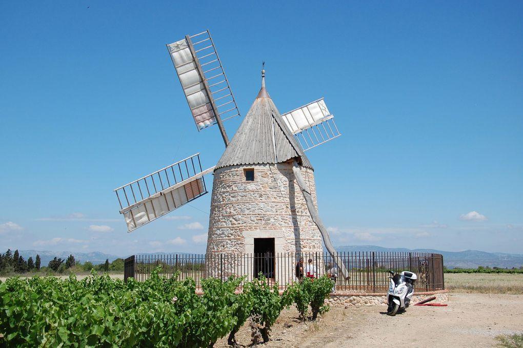 Voici le moulin, il est superbe.