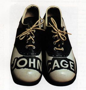 CageShoes de Ray Johnson