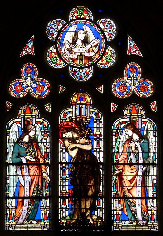 Metz, Eglise St-Eucaire, la Sainte famille ---- Paris, Eglise St-Ambroise, Saint Joseph charpentier, 1868 ; réalisés par Raphaël Maréchal, fils de Laurent-Charles Maréchal ---- Eglise St-Germain l'Auxerrois, 1844-1847, Manassès, Ezéchias, Jonathan, et Judith en buste--- Madeleine entre deux anges.  Cathédrale ND de Luxembourg,1840-1860, La Vie de la Vierge : la Vierge, Elisabeth et Zacharie.