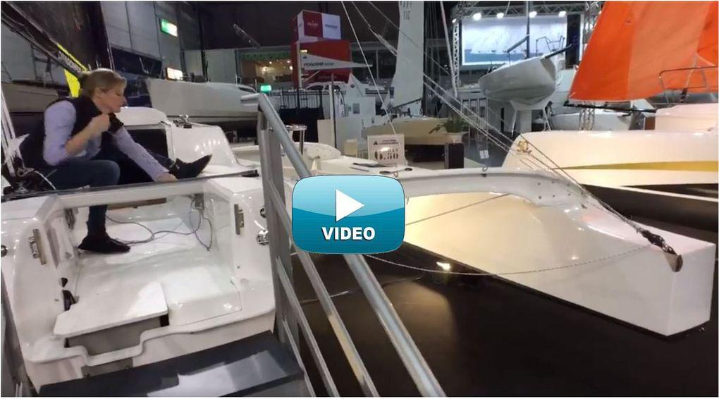 Vidéo Les Directs - 1 minute chrono pour replier les coques d'un trimaran Dragonfly 25