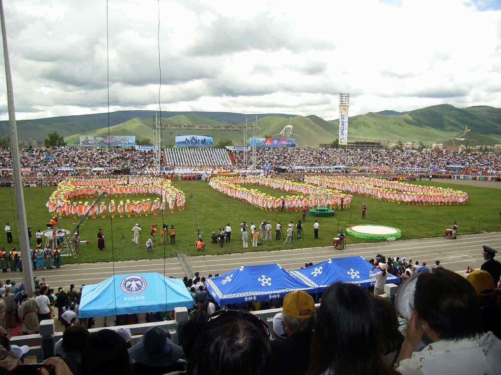 Visite du groupe interparlementaire du Sénat à l'occasion des fêtes du 800ème anniversaire de la création de l'état mongol.