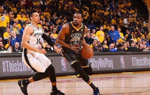NBA Playoffs, game 2 : Golden State double la mise face à des Spurs encore trop maladroits