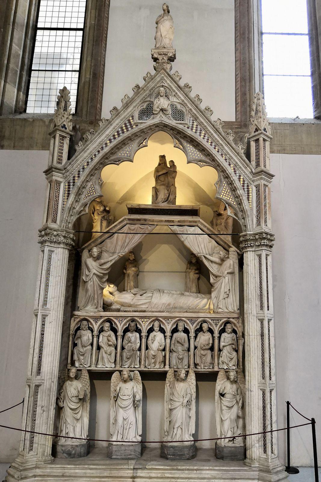 Tino di Camaino (Siena 1280, Napoli 1336), Monumento sepocrale di Maria d'Ungheria [Marie d'Anjou]