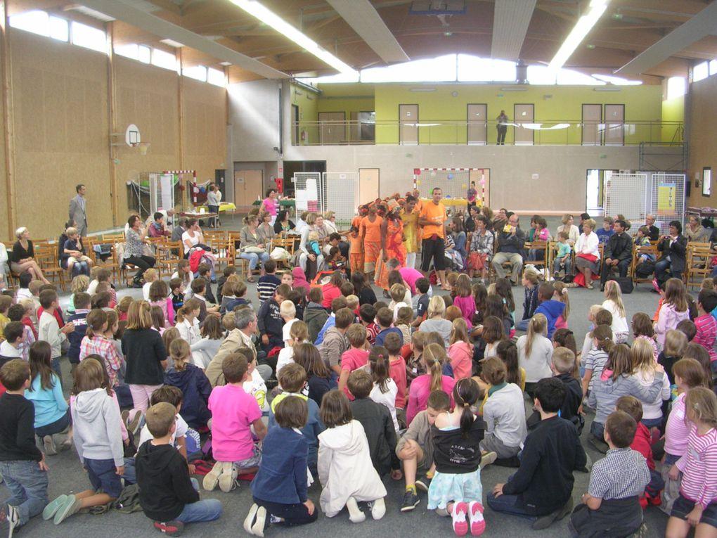 Un Rassemblement de l'Enfance Missionnaire pour les enfants du Doyenné ROUEN NORD et du Plateau de BOOS avec une petite délégation de St Valéry en Caux !  Ce fut MERVEILLEUX et beaucoup garderont dans leur coeur le témoignage de ce groupe de la