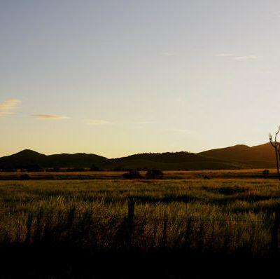 Coucher de soleil dans les plaines