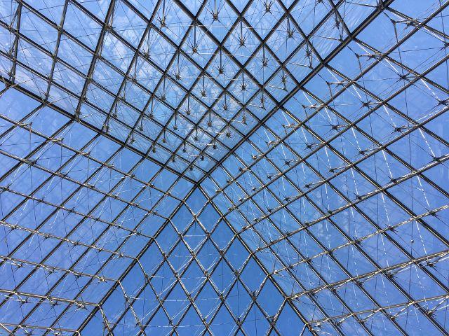 63 Pyramide du Louvre