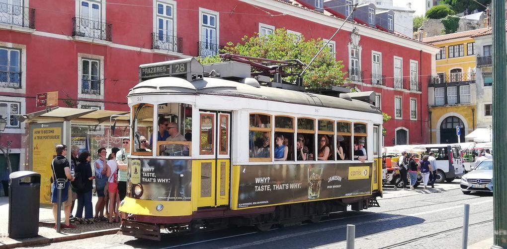 Lisbonne :tour de Belém, musée des carrosses, tram, pasteis de Belém
