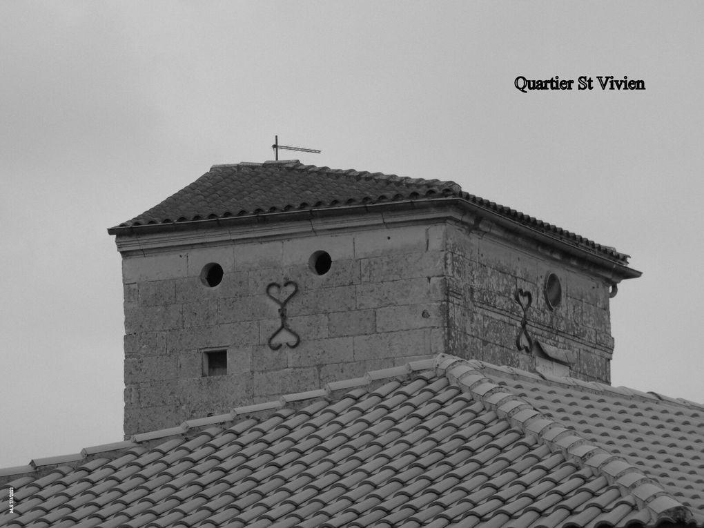 Et ci-après dans l'ancienne école privée St Vivien, une cloche qui en tintera plus....