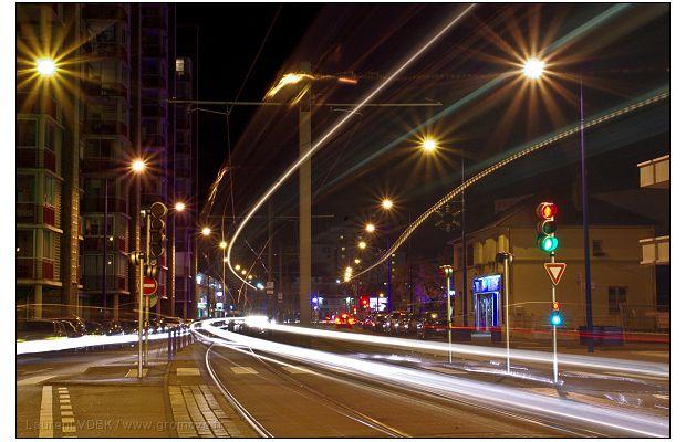 Sotteville la nuit (1) : Un métro transparent...