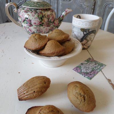 Revoir ses fondamentaux : les madeleines au thé matcha
