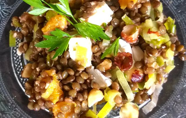 salade de lentilles aux poireaux, noisettes, orange et chèvre