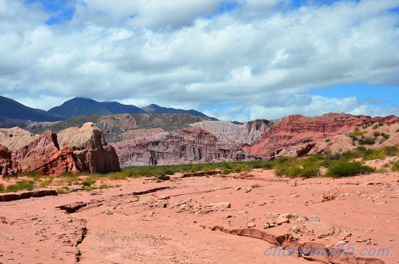 Quebrada de las Conchas - Los Colorados, Argentine en camping-car