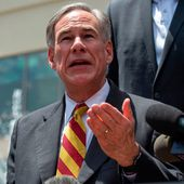 Texas governor wants teacher fired for comparing cops to KKK, slave owners