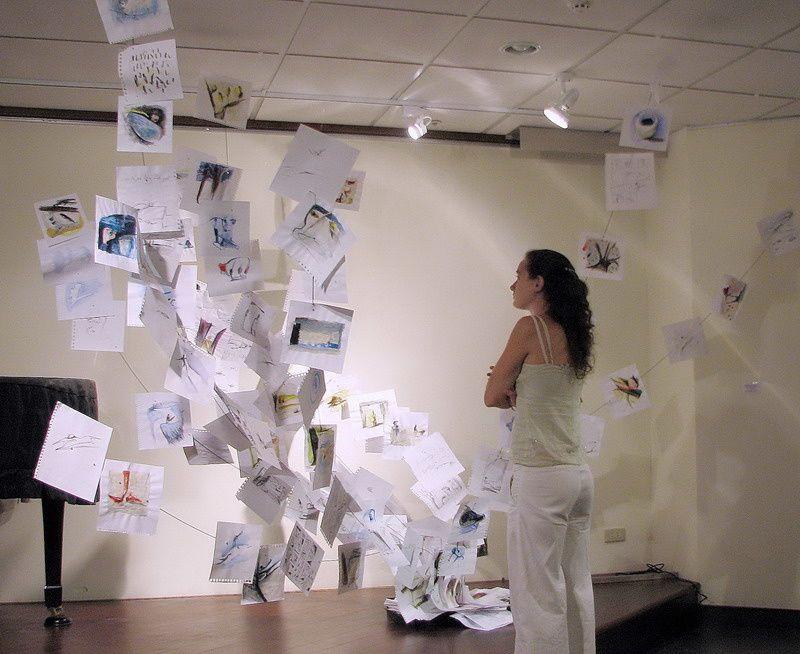 Installations de dessins: Sculpture de dessins à Meudon en 2003, des Feuilles Volantes à Meudon En 2004, à Taïpei en 2005 et à Kaohsiung/Taïwan en 2006.