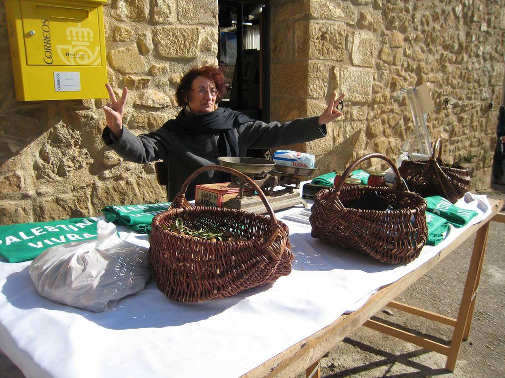 """Le village de Riglos, dans les Pyrénées espagnoles, a consacré quatre jours à la Palestine dans le cadre de la """"Semana Santa"""", du 1er au 4 avril 2010"""